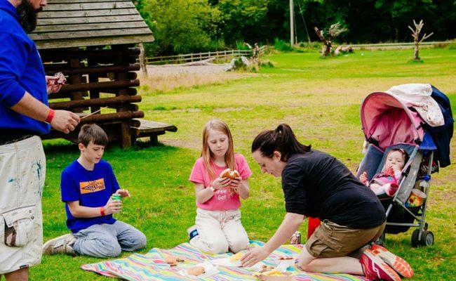 Clara Lara Family Picnic